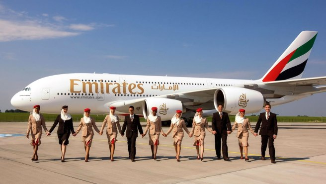 emirates-cabin-crew-uniform-as-global-brand-identity