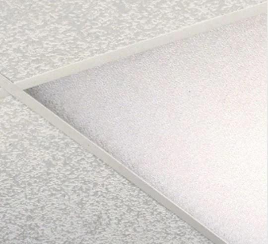 white cracked ice panel