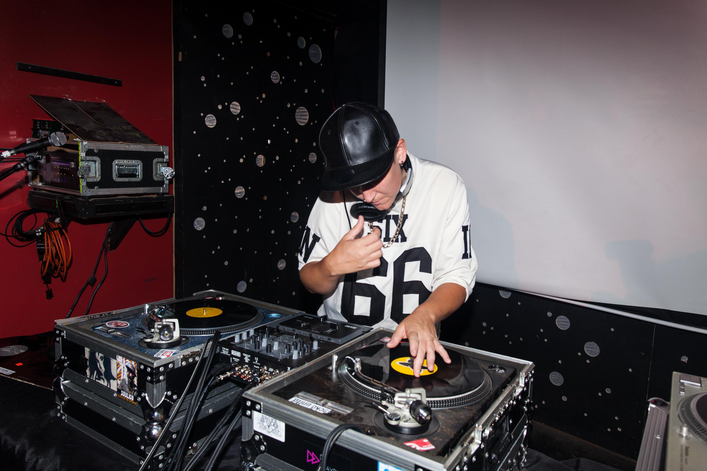 The Art Of DJ'ing 101 W/ DJ PlayPlay (Jess Dilday)