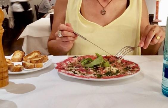 Carpaccio Restaurante Es Forn en Ciutadella - Propiedad de FlyandGrow