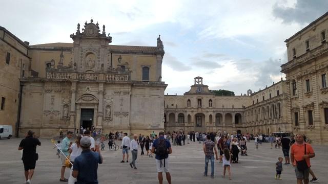 Plaza de Ostuni