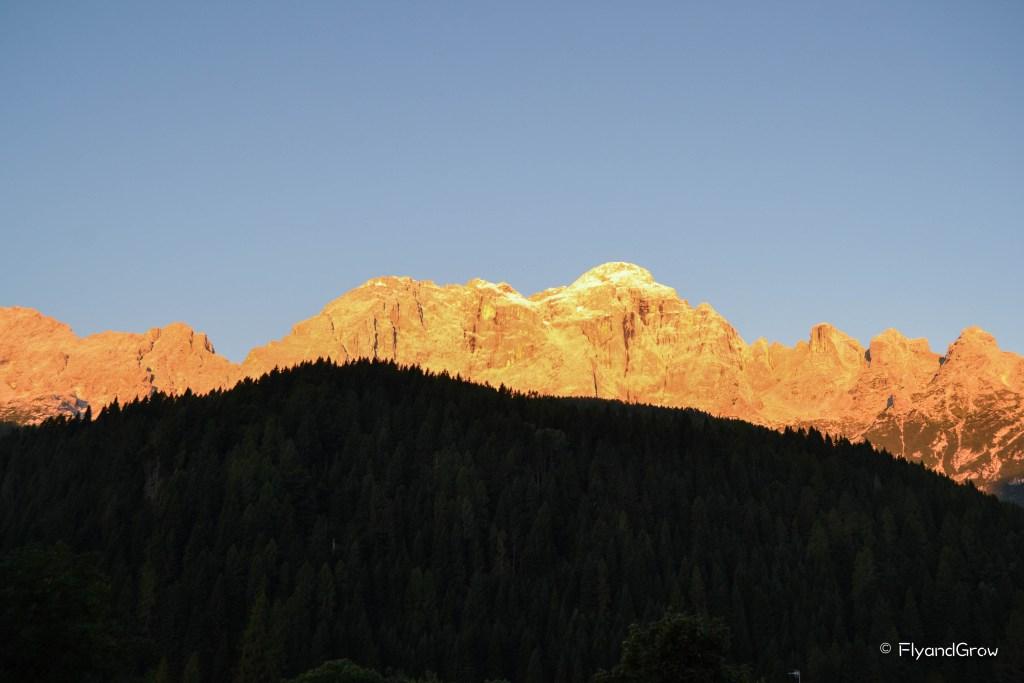 Enrosadira en Dolomitas