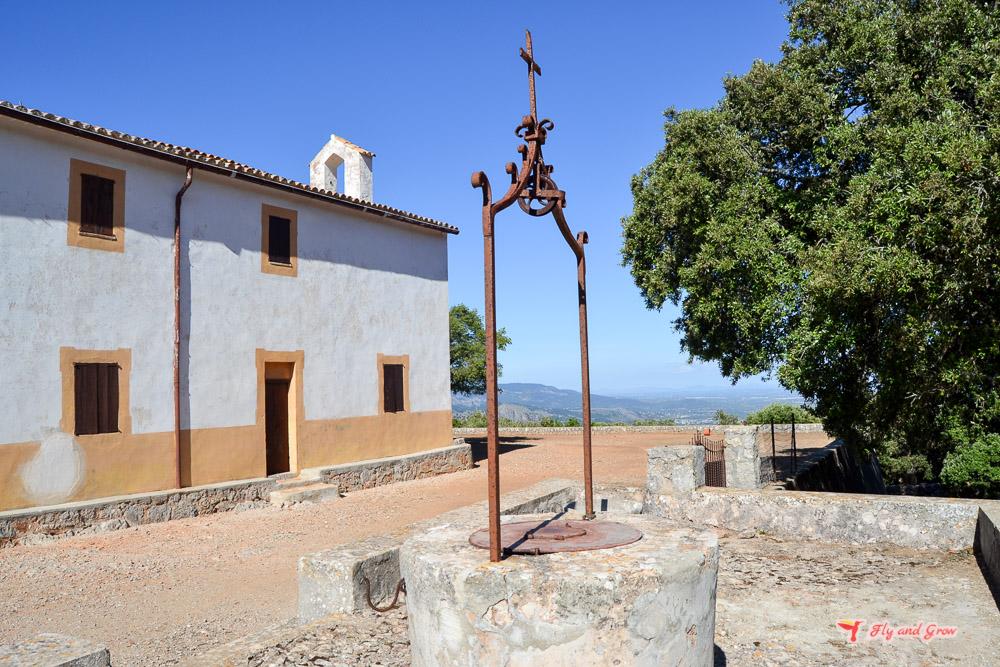 Subida a la ermita de Maristella