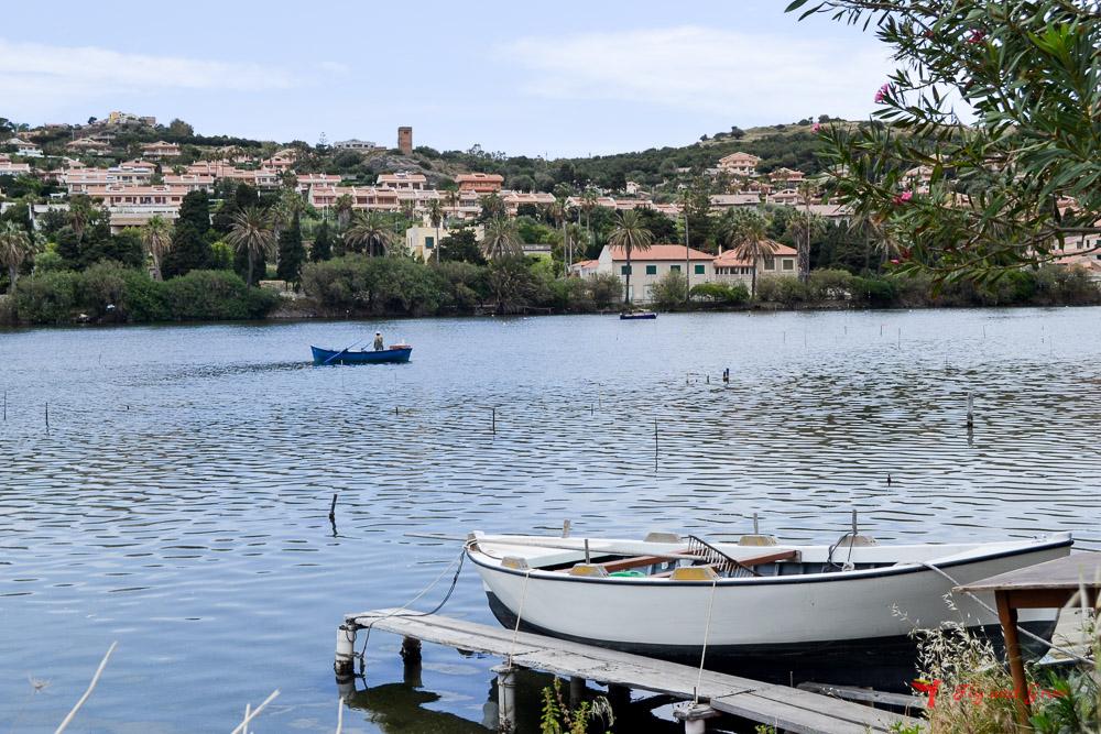 Barca en los lagos Ganzirri