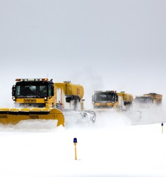 snow removal [ 1600 x 1021 Pixel ]