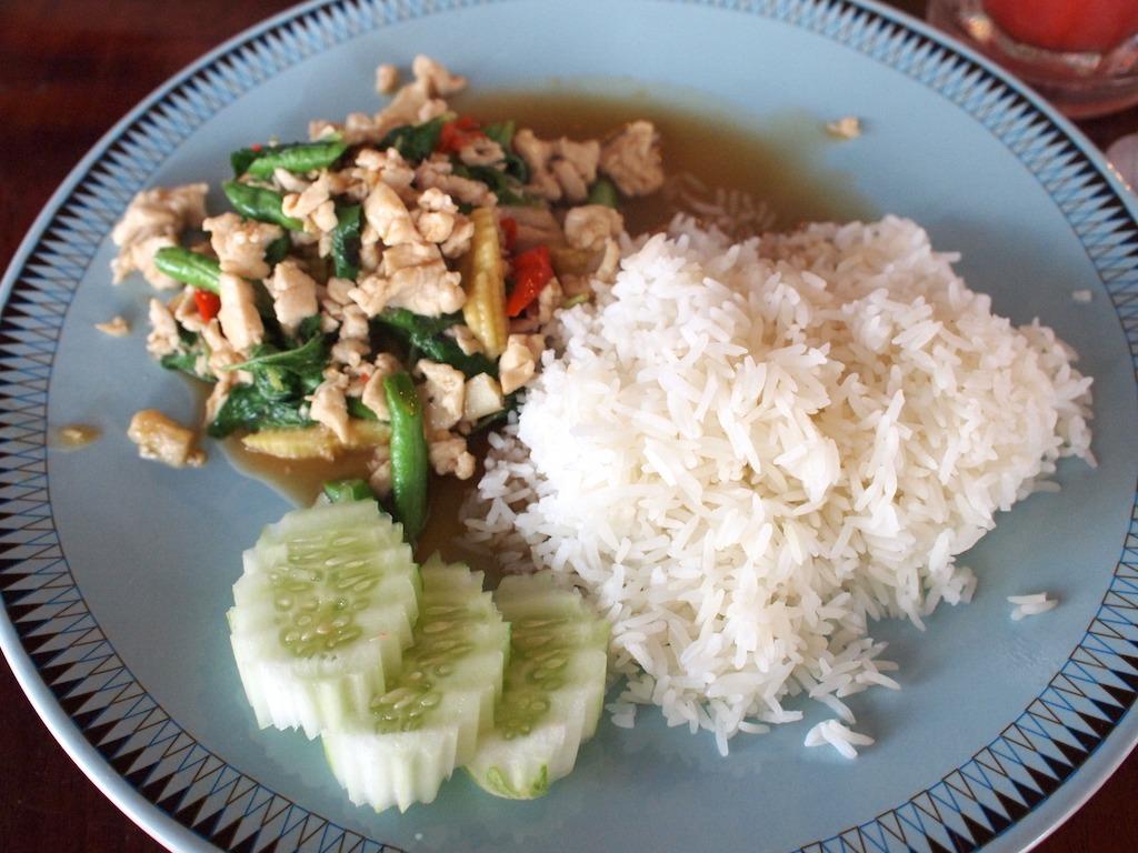 Favoriete thaise gerechten Kai Pad Krapau