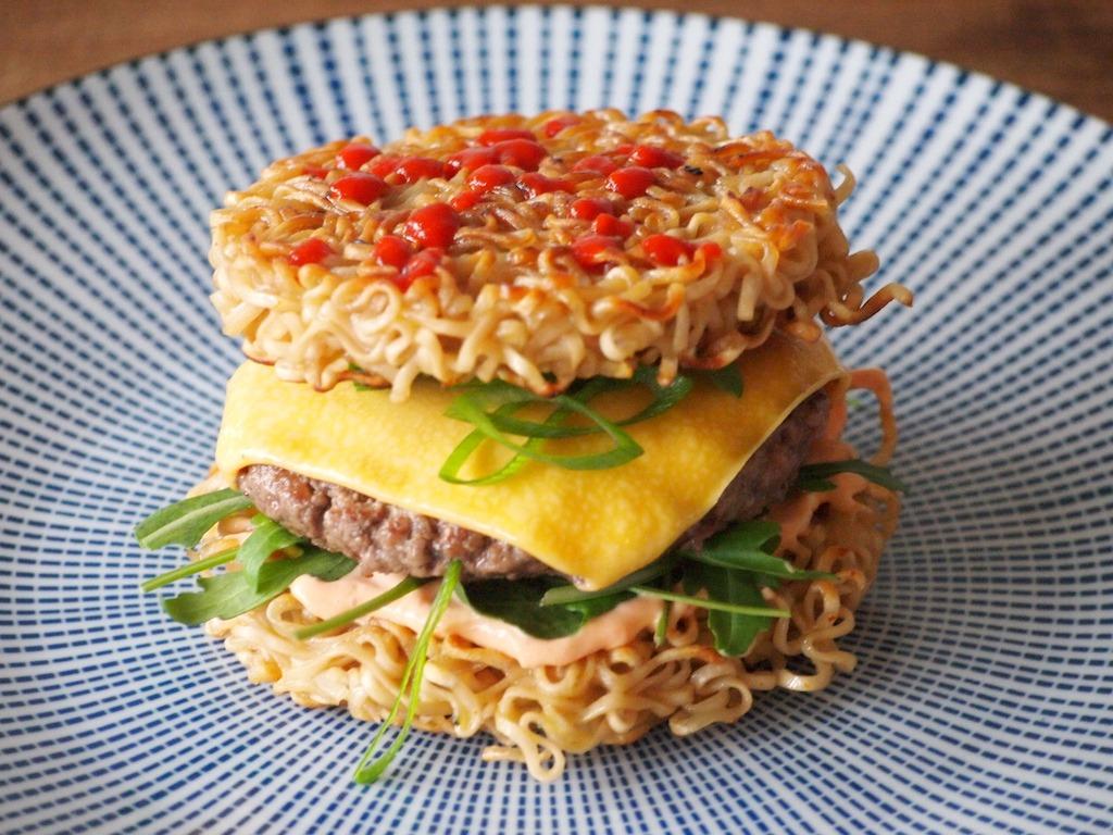 Recept RamenBurger, burger met noodles