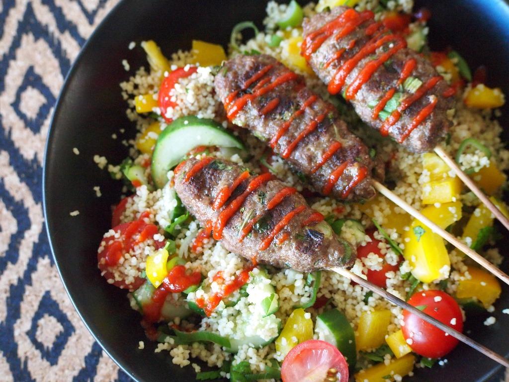 Bbq recept | Kebabs met frisse couscoussalade