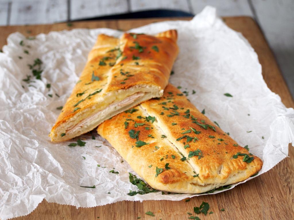 Borrelbrood met Boursin van croissantdeeg