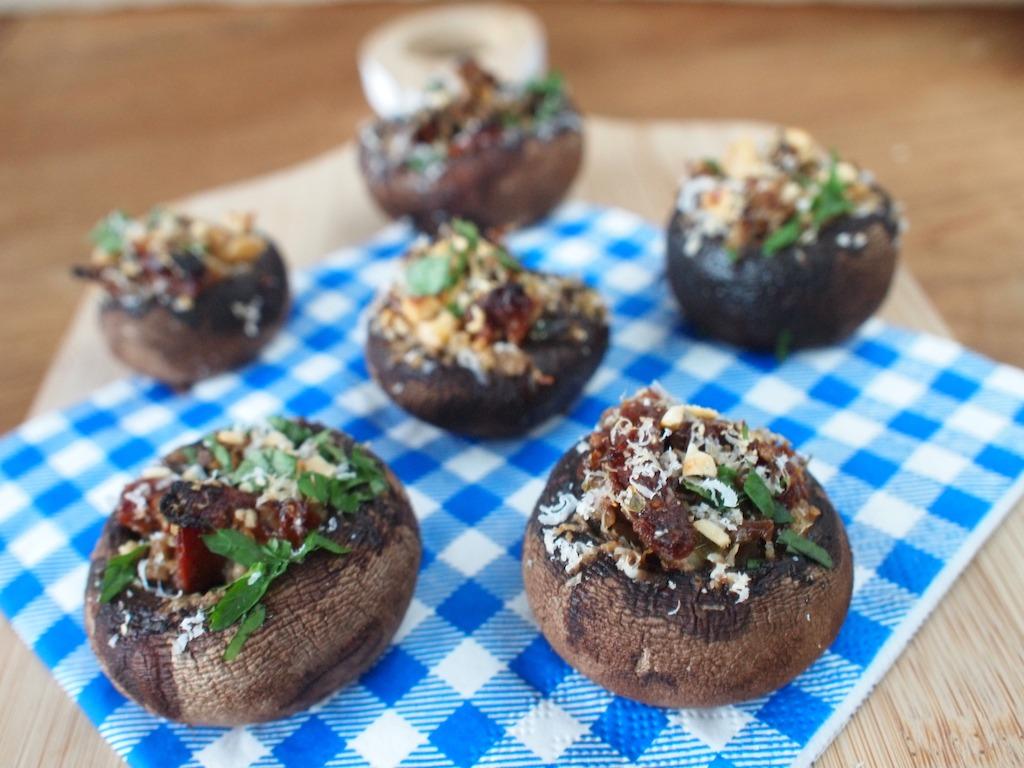vegetarisch gevulde champignons