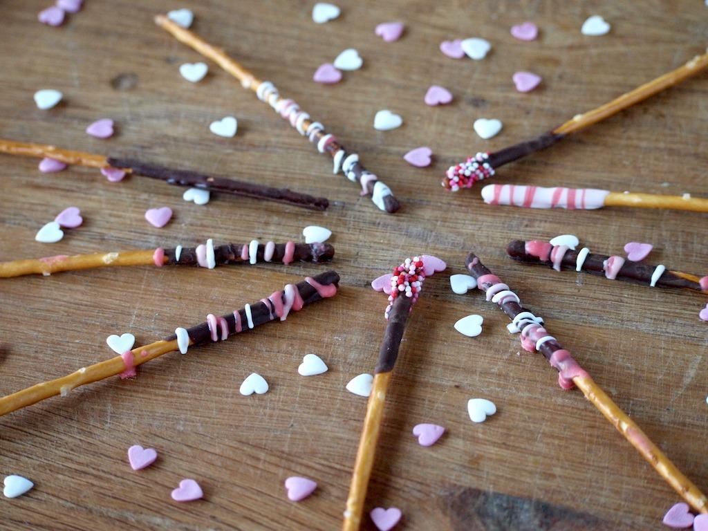 Zoute sticks met chocolade voor Valentijn recept