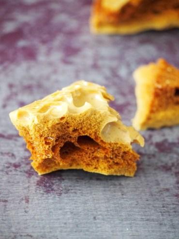 Honeycomb met honing