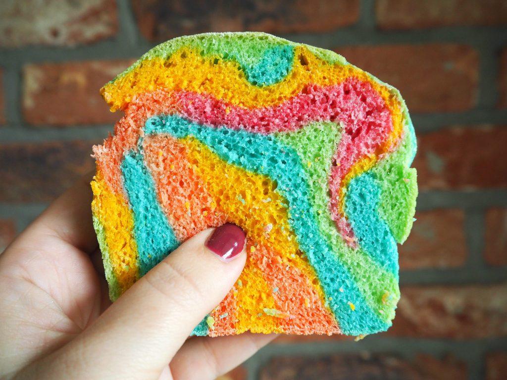 Regenboog brood