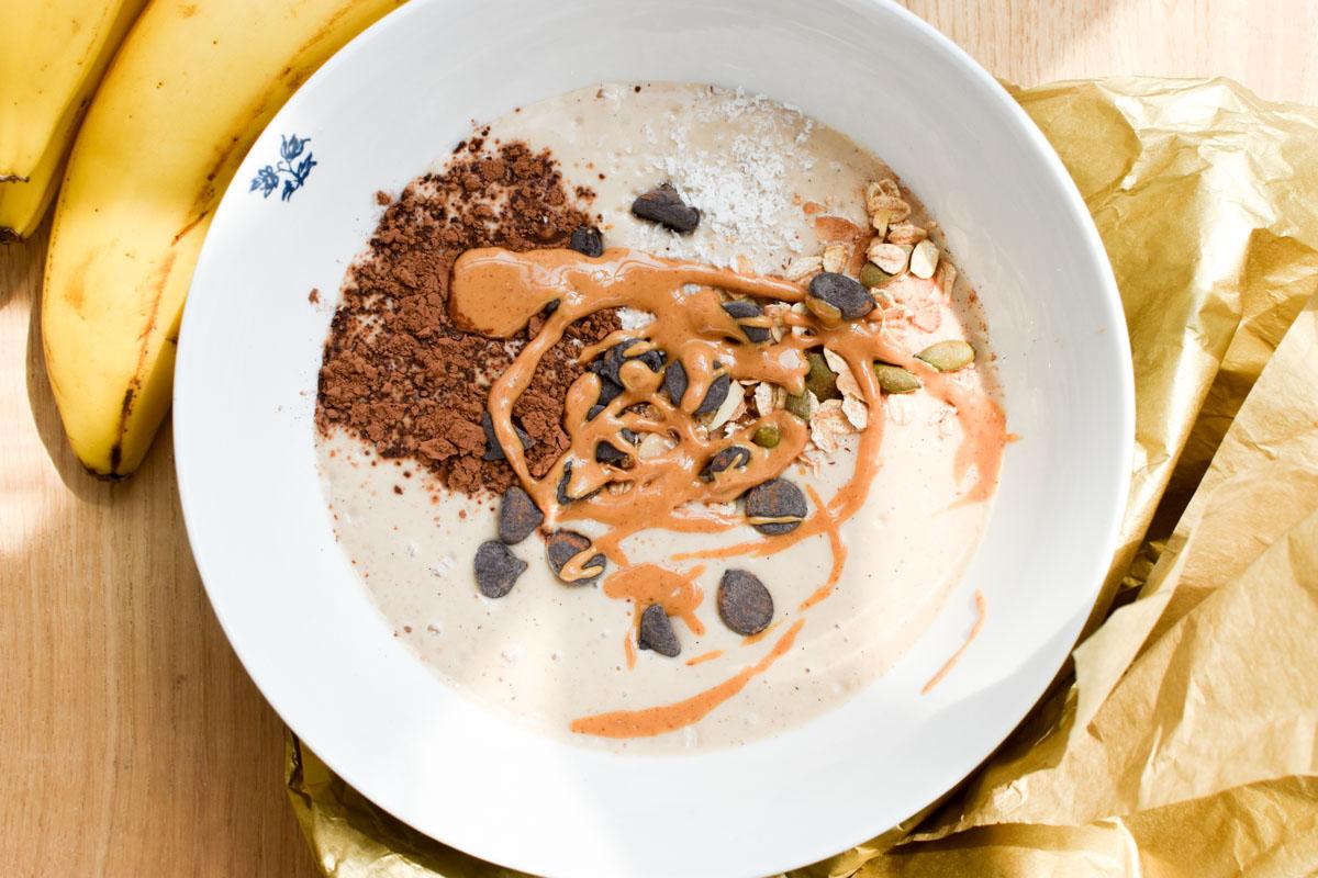 smoothie bowl met pindakaas
