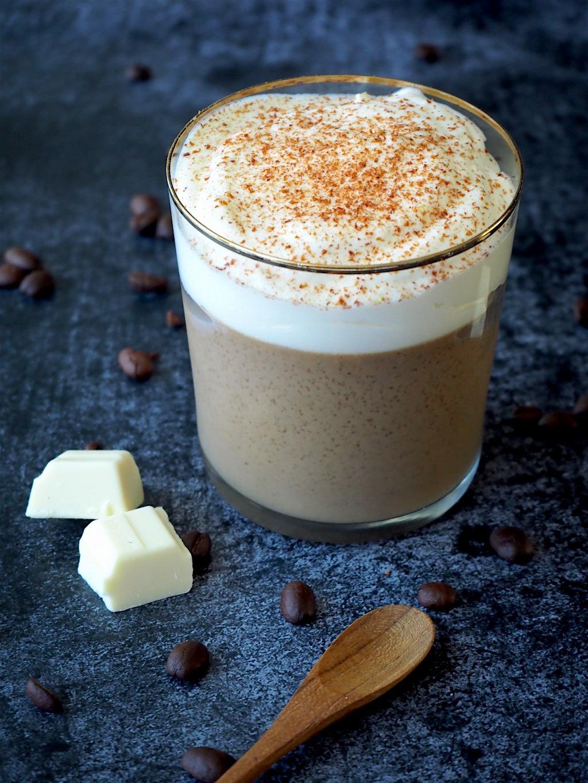 Koffie toetje met witte chocolade