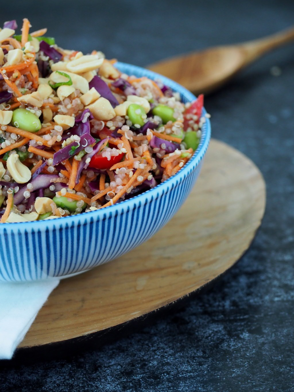 Thaise Quinoa salade side shot