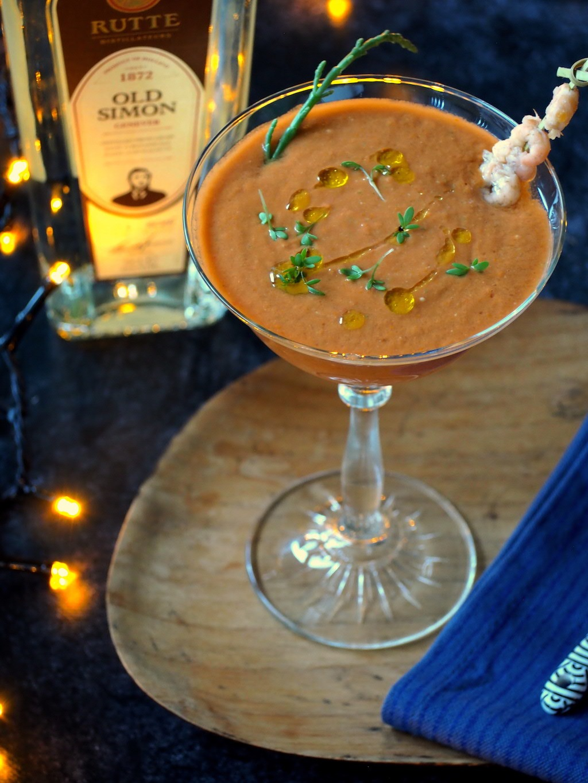 Gazpacho met drank kerst voorgerecht