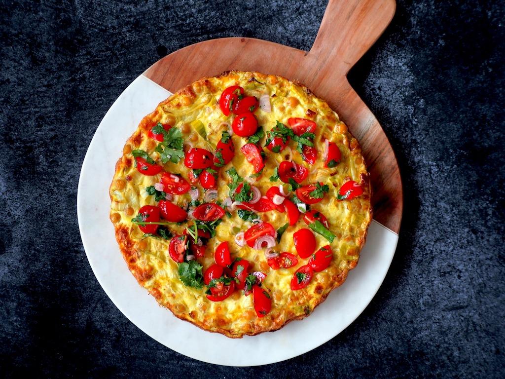 Curry Frittata tomaten salade kha