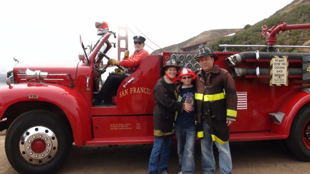 San Francisco With Kids. San Francisco With Kids: Kid Friendly Attractions in San Francisco for 2017. Up to date indoor and outdoor activities for children of all ages. Fire Engine Tour