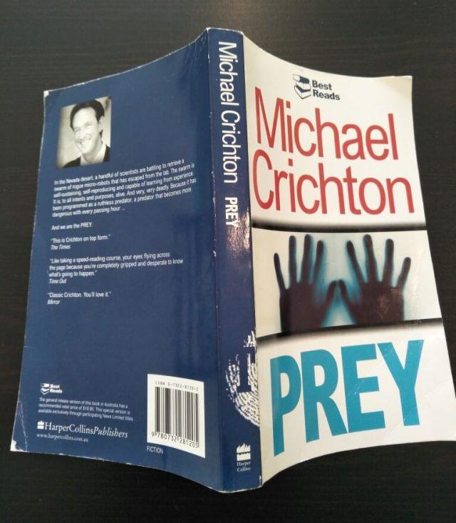 Prey by Michael Crichton (Book Review)