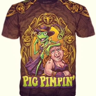 "Here was the finished ""Pig Pimpin"" t-shirt I designed available at my RageOn store http://www.rageon.com/collections/the-art-of-brian-allen - If this doesn't make you laugh, then you are a better person than me.Illustrated by Brian Allen, FlylandDesigns.com#muppets #pimpin#mangastudio #photoshop #illustration #tshirt #art #instaart #instaartist #picoftheday #igdaily #followme"