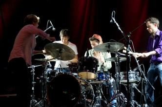 Charles Pasi: Das gemeinsame Schlagzeugsolo // Foto: © Ulf Cronenberg, Würzburg