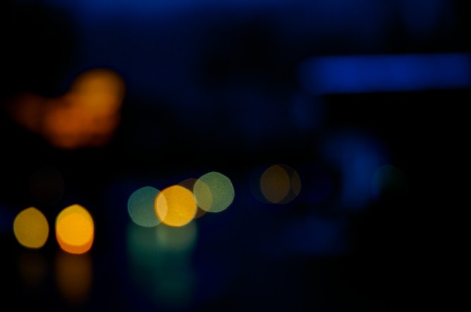 Lichtspiele nachts No. 1   Foto: Ulf Cronenberg, Würzburg