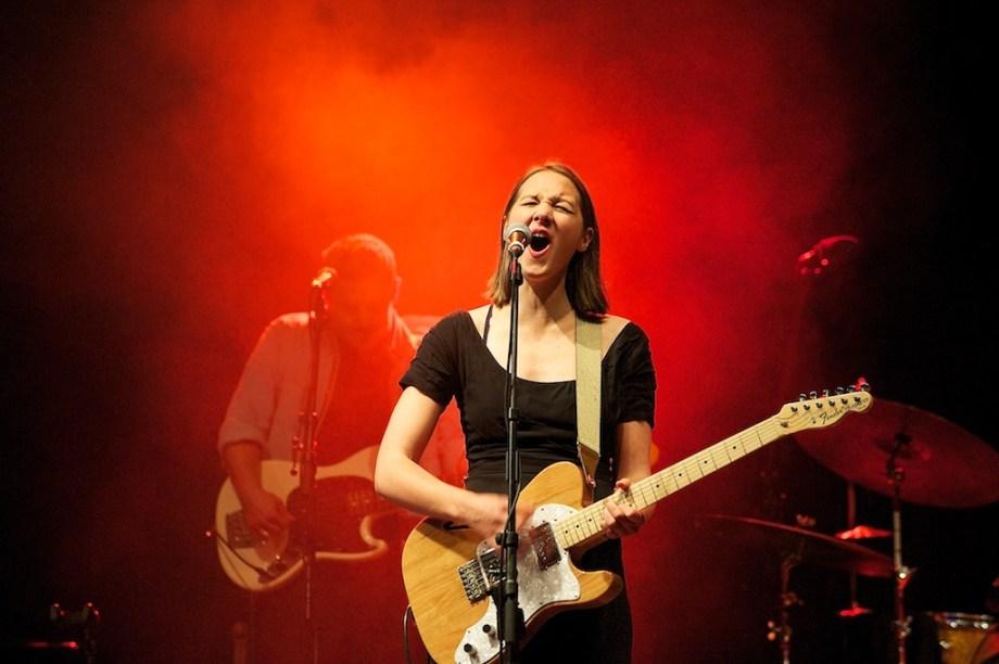 Konzertfotos von Sophie Hunger – Würzburger Hafensommer 2011