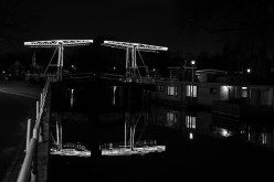 Beleuchtete Zugbrücke in Utrecht   Foto: © Ulf Cronenberg, Würzburg