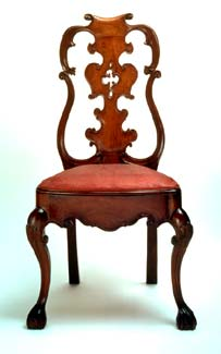 queen anne style chairs papasan chair cover etsy the collections reina ana in mexico city and side franz mayer collection carved wood with fretwork 1750 1800