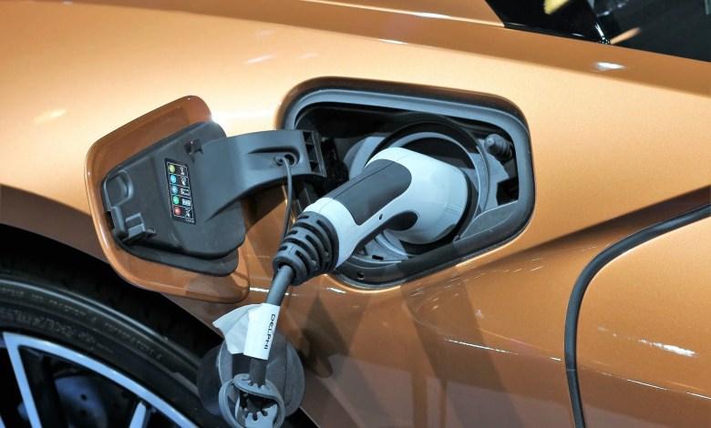 Auto elettrica, ma anche ibrida o a CNG: la Regione Lazio lancia contributi a fondo perduto