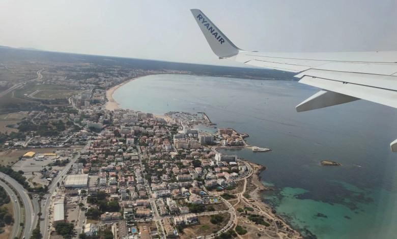 Ryanair aereo in volo su Palma