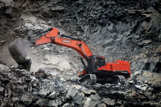 Doosan launches new DX800LC-5B tracked excavator series in South Africa