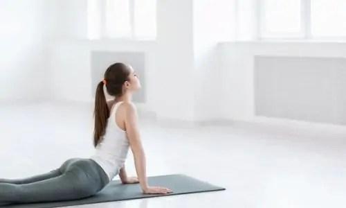δυσκοιλιοτητα και Pilates , yoga