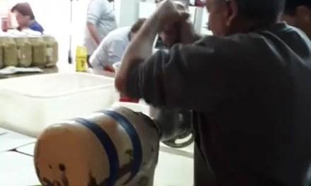 Bomberos ya prepara las 500 docenas de empanadas para la venta
