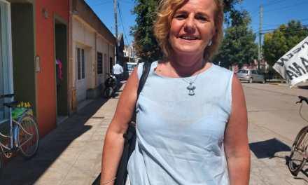La precandidata a Legisladora por la lista que encabeza Mario Negri , Jacqueline Ronge, visitó la ciudad