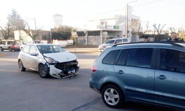 General Cabrera – Accidente vial sin lesionados con daños materiales