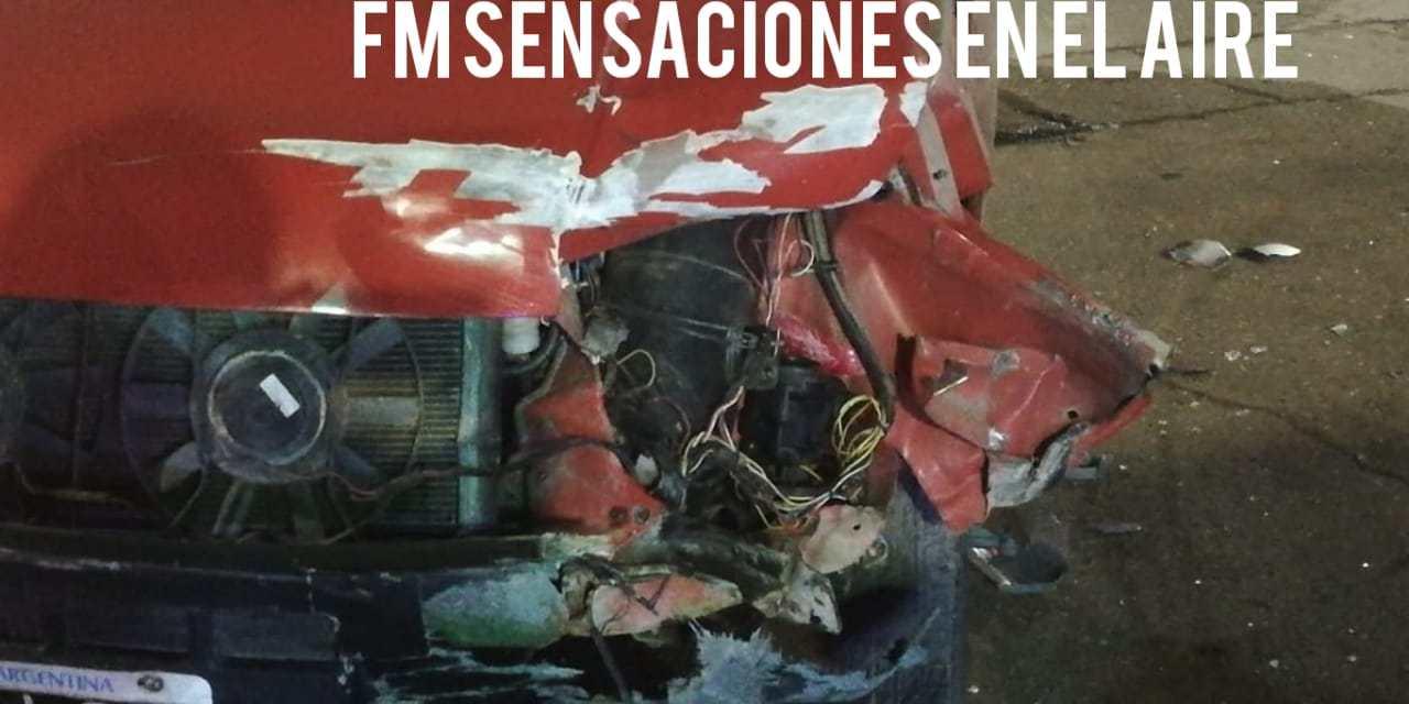 Accidente: colisionaron un vehículo y una moto
