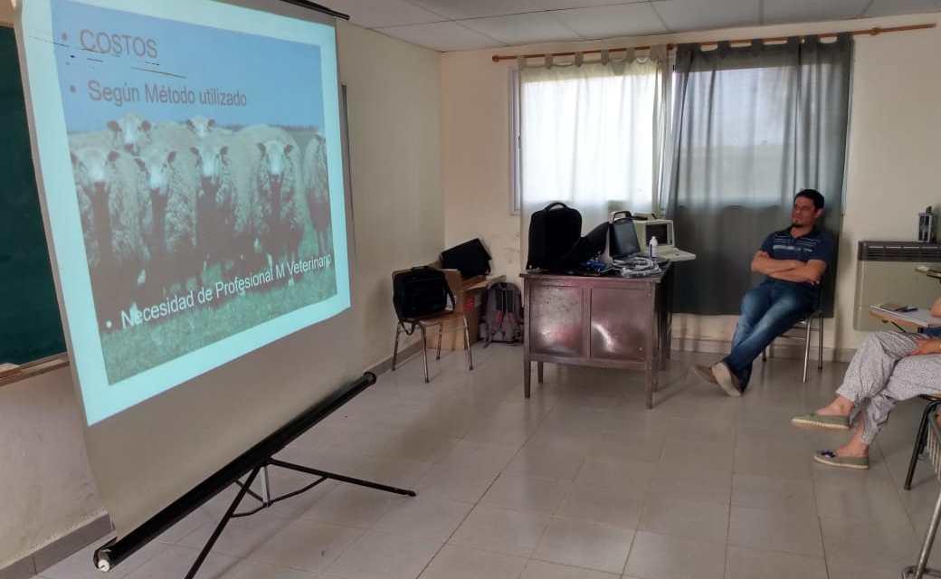 IPEA 291: Capacitación en el uso del ecógrafo, en el marco del proyecto «Apoyo a escuelas agrotécnicas»