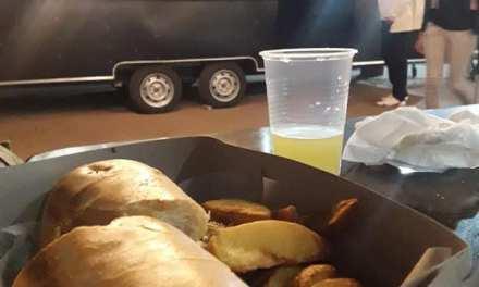 El Food Truck de Coman tuvo su primer participación en Elena