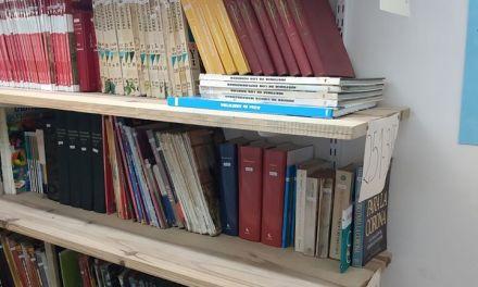 Donaron libros, de forma anónima,  al SUM del Barrio Argentino
