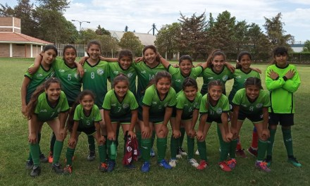 Comenzaron las clases de fútbol femenino, este año también «Mamis Fútbol»