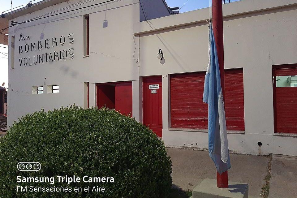 11:30 toque de sirena para honrar la memoria de los Bomberos fallecidos en Villa Crespo