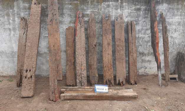 General Deheza – Allanamiento positivo… Recupero de 15 durmientes de madera