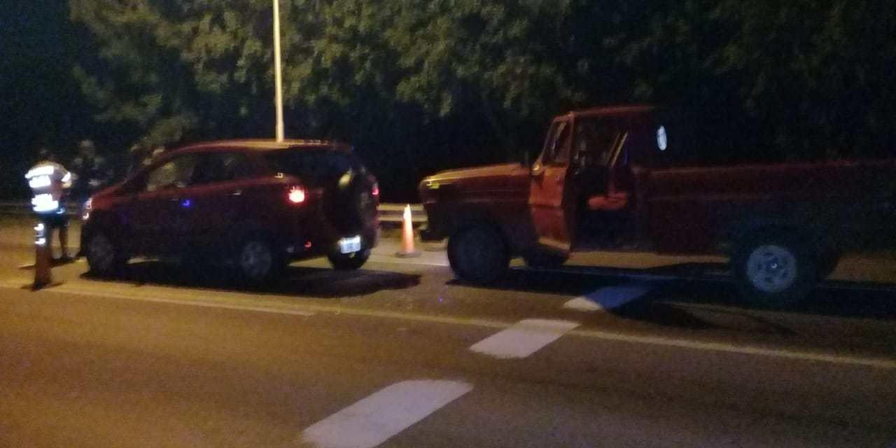 Conducía alcoholizado y chocó de atrás a un vehículo
