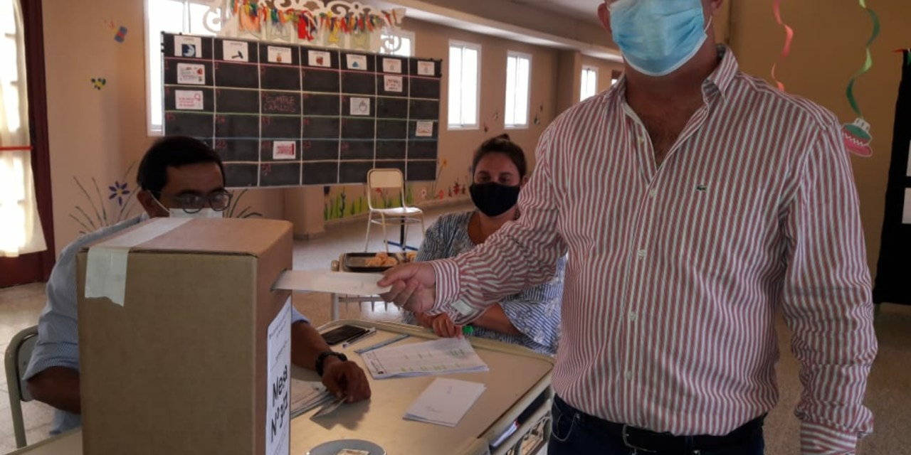 Votó Carasso candidato de Convergencia 11.40 hs