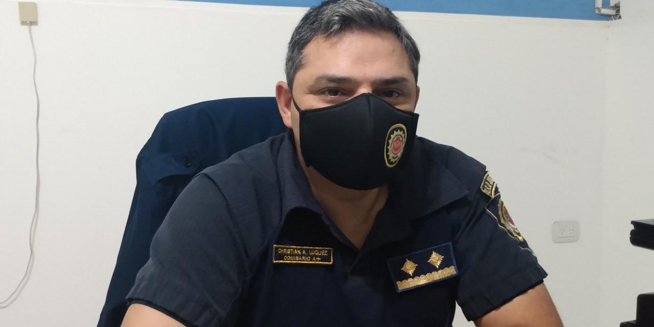 Policial – 9 actas por juntadas en domicilios particulares