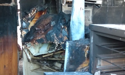 «El día después de lo que dejó el incendio en una vivienda de B° Argentino»