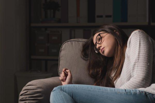 اعراض الاكتئاب وكيفية علاجه