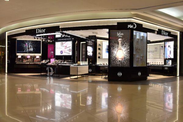 مشغل ديور الرياض للتسوق واحة فرنسية على ارض المملكة